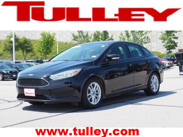 Pre-Owned 2017 Ford Focus SE Sedan