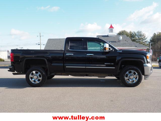 Pre-Owned 2018 GMC Sierra 2500HD 4WD Double Cab 144.2 SLT