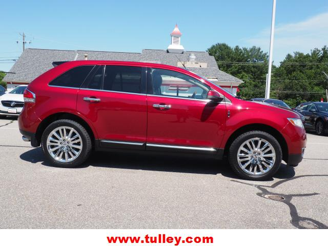 Pre-Owned 2013 Lincoln MKX AWD 4dr