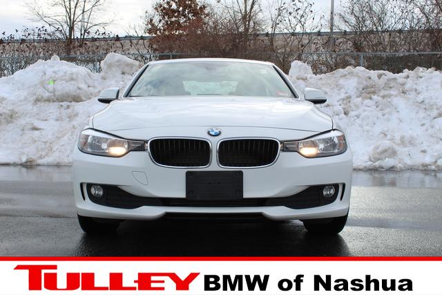 Pre-Owned 2013 BMW 3 Series 4dr Sdn 320i xDrive AWD
