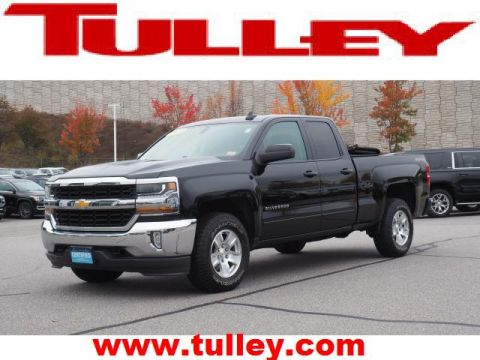 Pre-Owned 2017 Chevrolet Silverado 1500 4WD Double Cab 143.5 LT w/1LT